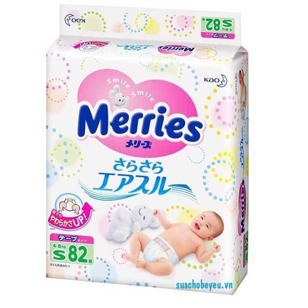 Tã dán Merries Size S  82 miếng, cho trẻ 4-8 kg