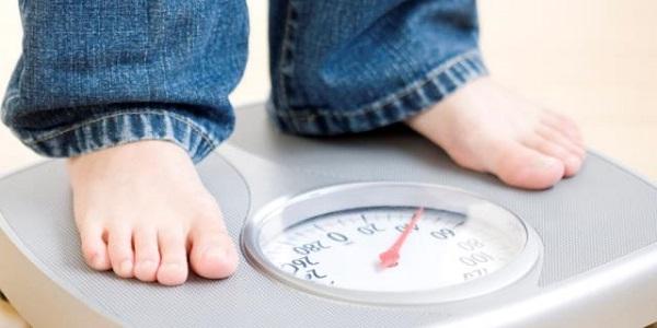 Sữa bột NutiFood Grow Plus + Đỏ lon 1.5 kg cho trẻ trên 1 tuổi