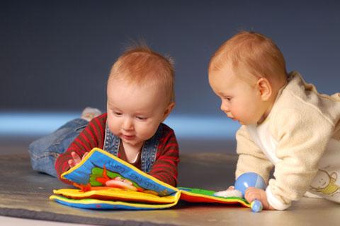 sữa Modilac Expert Croissance số 3 lon 800g cho trẻ 10 tháng đến 3 tuổi