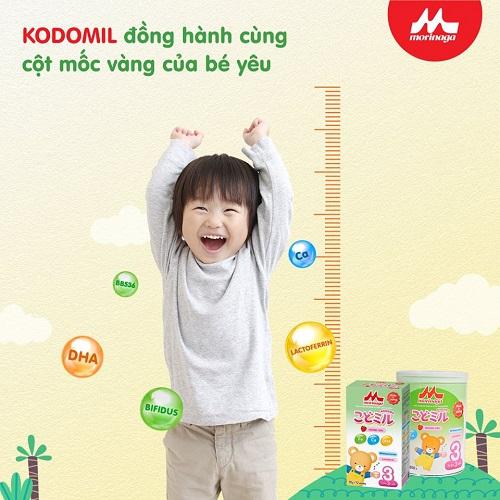 Sữa Morinaga số 3 Kodomil Nhật Bản hương dâu hộp giấy, từ 3 tuổi
