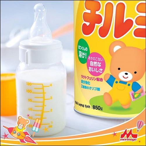 Thùng sữa Morinaga Nhật Bản số 2 lon 850g cho trẻ 6-36 tháng