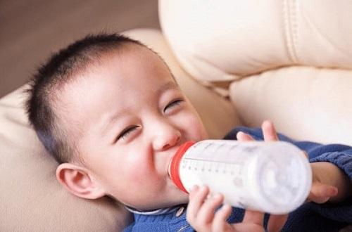 Sữa Snow baby số 0 nội địa nhật cho trẻ 0-9 tháng tuổi lon 820g