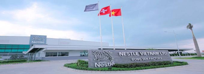 Sữa nước Nestle Nutristrong hương Việt Quốc, hộp 180ml